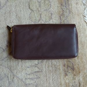 HOBO Double Zip Leather Wallett/Clutch